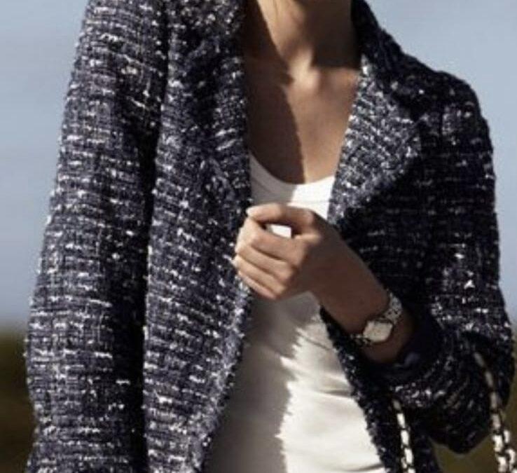 Giacca modello Chanel